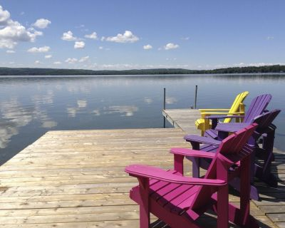 5* New renovated waterfront cottage Orillia 1hr from GTA - Labour Day Available - Oro-Medonte