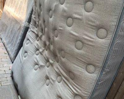 Queen mattress + Box Spring (Free) - Free