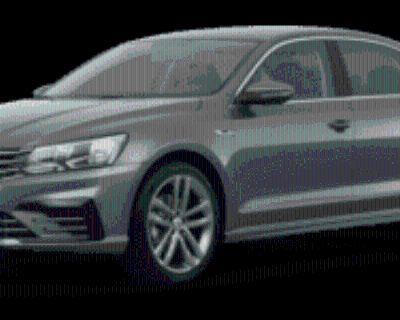 2017 Volkswagen Passat R-Line with Comfort Package Auto