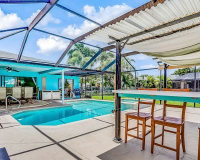 Cheerful Home With Private Pool, Dock, & Fast Wifi - Snowbirds Welcome! - Cape Coral