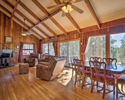 NEW! Cozy Home w/Hot Tub+Views, Near Pikes Peak! - Woodland Park