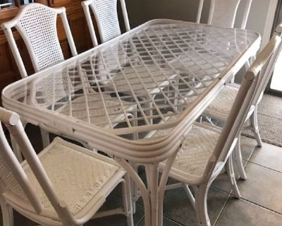 Wicker Dining Table, 6 chairs, tea cart, end table