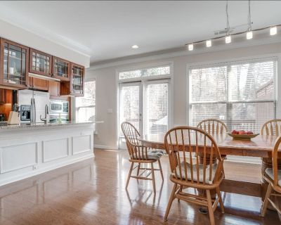 N Fulton/Roswell: Whole Home:5 Beds, 3.5 Bath - Roswell