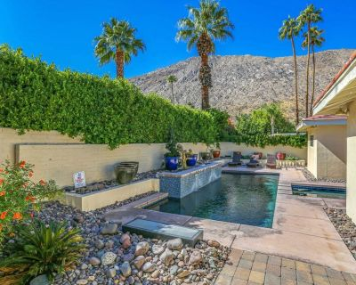 Stylish, dog-friendly home with private hot tub and pool & private gas grill! - Historic Tennis Club