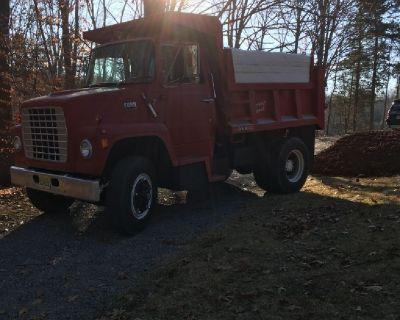 Dump truck service