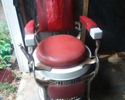 Barber Chairs, Vintage Toys, Vintage Clothing, Vintage Comics, Vintage Sports Cards, Vintage Kitchen