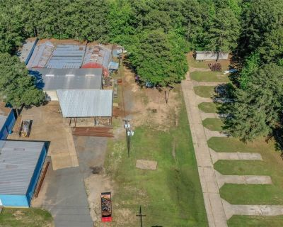 Office/Warehouse Building & Mobile Home Park