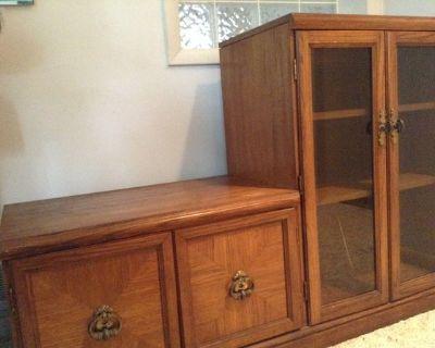 Entertainment cabinet (Springfield (Springfield