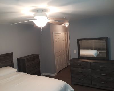 Master bedroom w/ private bathroom. - Fort Mill