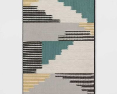 NEW - 7x10 - OUTDOOR PROJECT 62 MODERN TAPESTRY AREA RUG