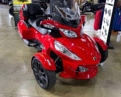 2013 Can-Am Spyder RT-S SM5 3 Wheel Motorcycle Elma, NY