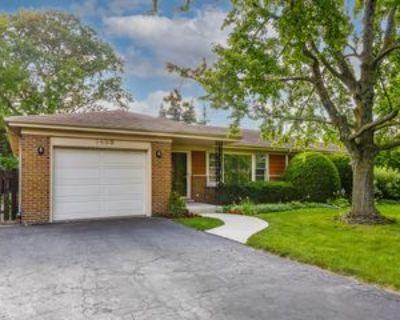 1408 Huntington Dr, Glenview, IL 60025 3 Bedroom House