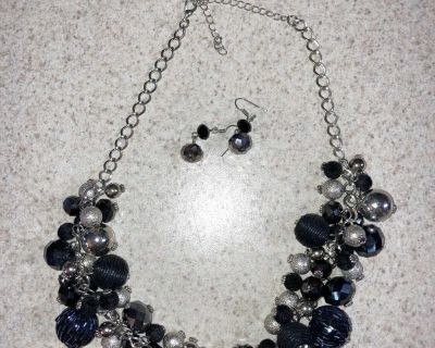 Set of beaded earrings and necklace. Black, gray silver etc.