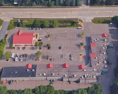 Birch Lake Square Retail Space for Lease