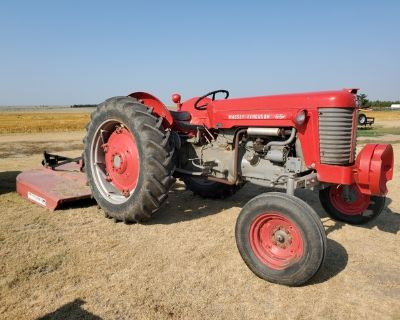 MF 65 tractor