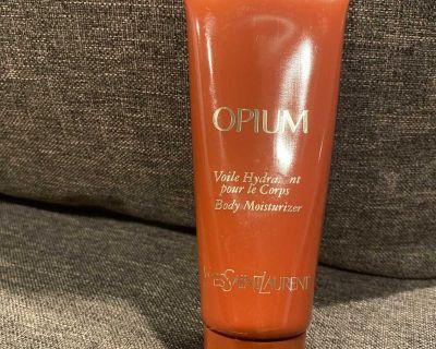 Opium body moisturizer