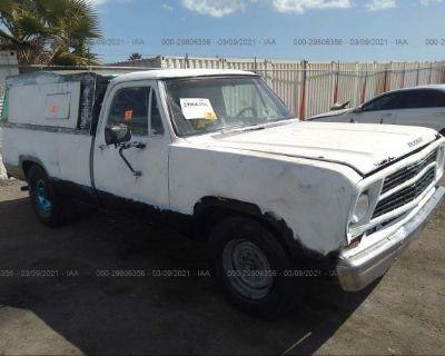 Salvage White 1979 Dodge D100 Sweptline W/lon