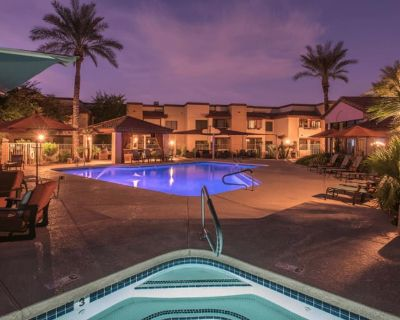 Private room with own bathroom - Scottsdale , AZ 85260