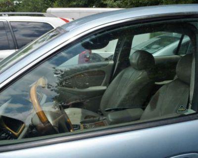 00-02 Jaguar S-type Front Driver Left Side Window Door Glass Oem