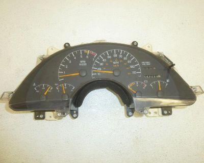 94 95 Pontiac Firebird 3.4l 3.4 Cluster Tachometer Speedometer 16183647 V6