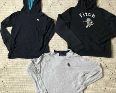 Youth m Abercrombie clothes
