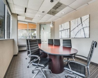 Secluded Meeting Space with Large Windows - Grapevine - TX, Grapevine, TX