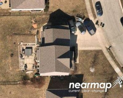 4 Bed 2.5 Bath Preforeclosure Property in Brownsburg, IN 46112 - Hession Dr