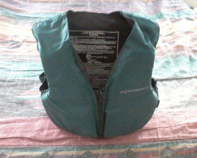 Like New Extrasport Youth Life Vest (Jacket)