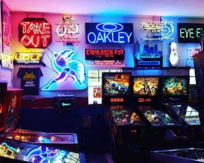 Retro Arcade With 40+ games, LITHIA SPRINGS, GA