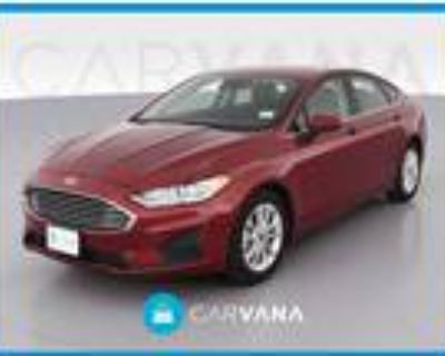 2019 Ford Fusion Red, 9K miles