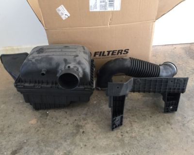 2016 Dodge Ram bighorn factory oem intake with filter and clamps