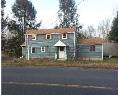 4 Bed 1 Bath Foreclosure Property in Woodbury, CT 06798 - White Deer Rocks Rd