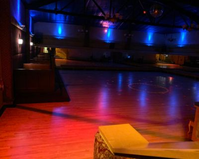Ample Ballroom with Mirrors, Portland, OR