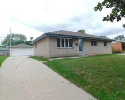 8107 W Sunbury Ct, Milwaukee, WI 53219 3 Bedroom House
