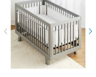 Breathable Mesh Crib Liner in VGUC