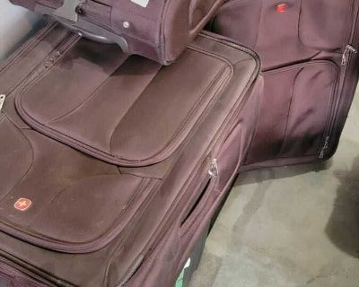 Set of 3 suitcases - Swiss army brand $20