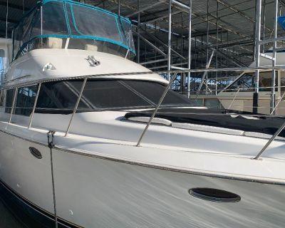 1997 Carver 500 Cockpit Motor Yacht