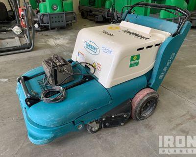 2015 Tennant 3640 Electric Sweeper
