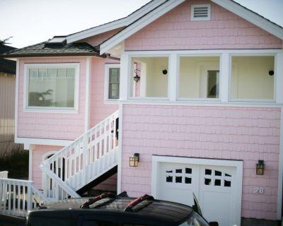 Romantic Light Filled Coastal Beach Cottage. - Dillon Beach