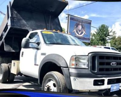 2007 Ford Super Duty F-550 Chassis Cab XL