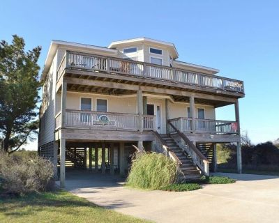 Finally Here is an exceptionally decorated home with ocean views and designed for comfor - South Nags Head