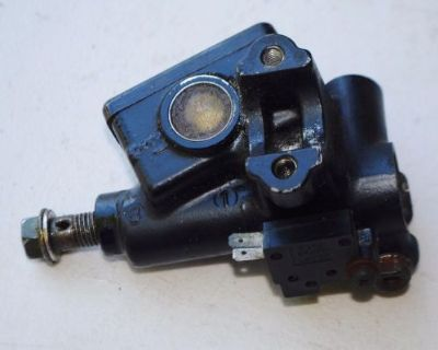 1986 85-87 Honda Cmx250 Cmx 250 Rebel Front Brake Master Cylinder M-c Good Used