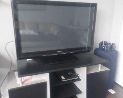 """40"""" Panasonic plasma tv"""