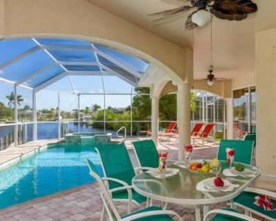 Casa Maria - Waterfront Home with 2 Master Suites - Pelican