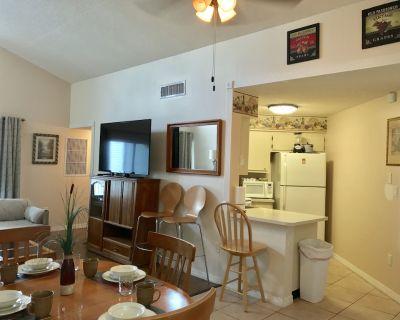 Luxury Golf Country Club Condo 2 Bedroom 2 Bathroom - Ventura