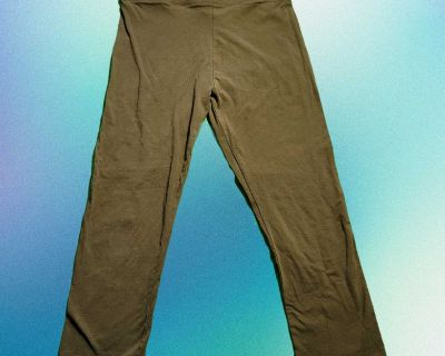 Forever 21 Olive Green Cropped Leggings XL Used