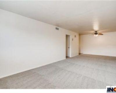 1200 Pierce St, Lakewood, CO 80214 1 Bedroom Apartment