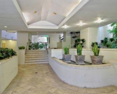 15425 Antioch St #202, Los Angeles, CA 90272 3 Bedroom Condo