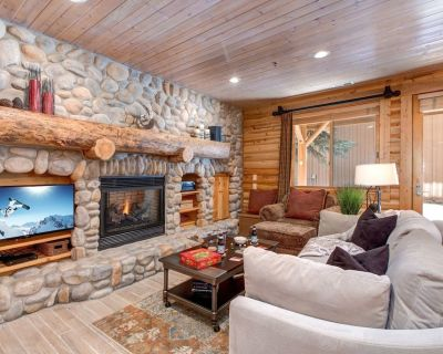 Steps to DV & Recently Remodeled! Private Hot Tub, Concierge | Abode at Black Bear #151 - Park City