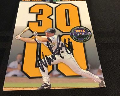 AUTOGRAPHED WADE BOGGS 3000 HIT CARD